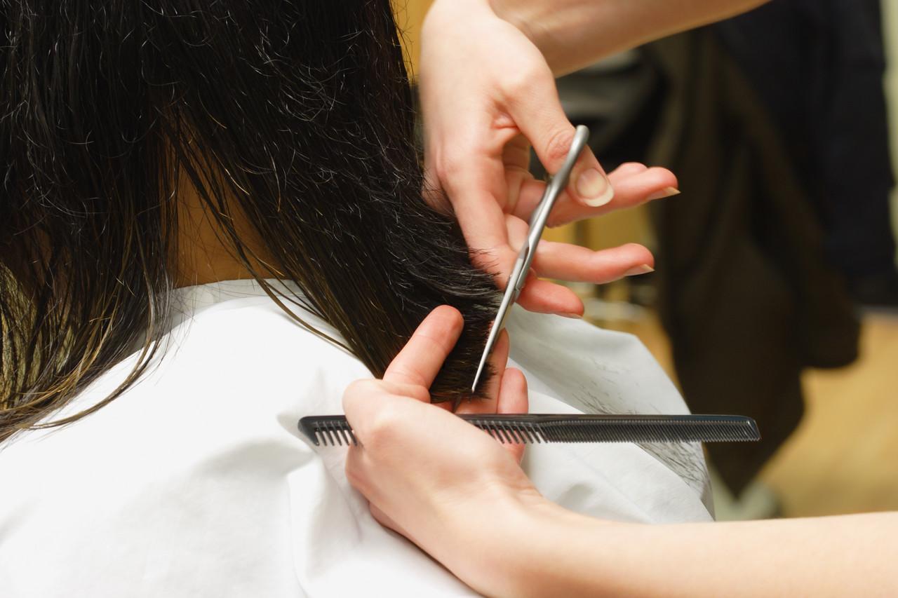 Centru Formare Profesionala Frizer Coafură Manichiură și Pedichiură